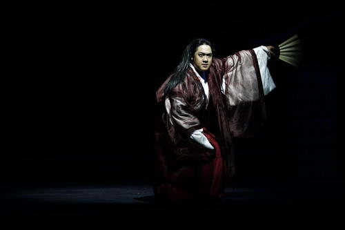 充满诗意的文章_话剧《世阿弥》解读日本能乐大师荣辱一生_艺术中国