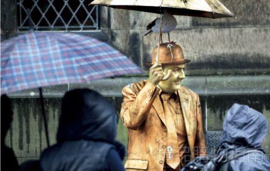 爱丁堡艺术节:艺术家与民众的平等交流