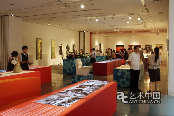 金泽美术工艺大学与清华大学美术学院交流展举