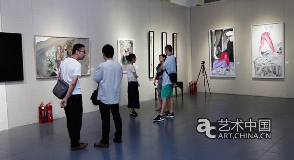 《制造多巴胺之对冲》于国艺美术馆开幕