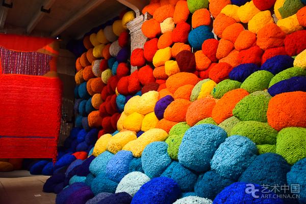 第五十七届威尼斯双年展色彩之馆_艺术中国