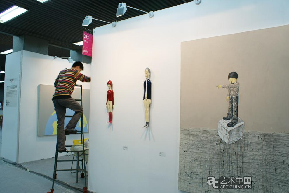 2010中艺博国际画廊博览会 参展画廊布置展位(4月21日