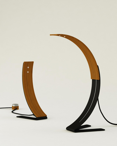 整个结构由不同长度的两片竹子合成,既简单又美观,衣架的两面,第二片图片