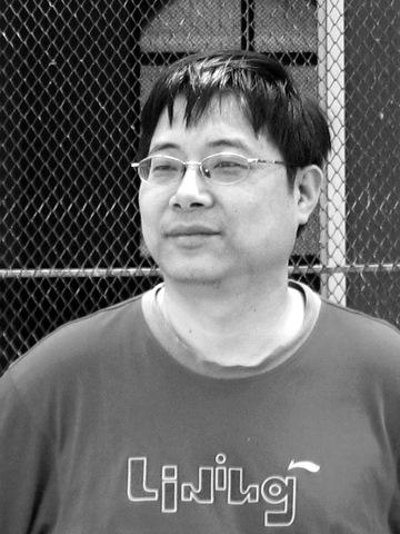 刘翔/刘翔,诗人、诗评家、外国电影研究者。