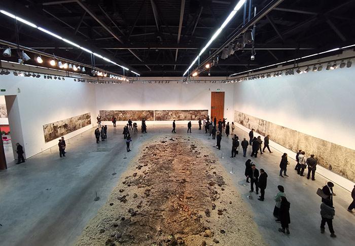 """胡伟作品展:文明如""""潮""""循环往复,我们从中获取什么?"""
