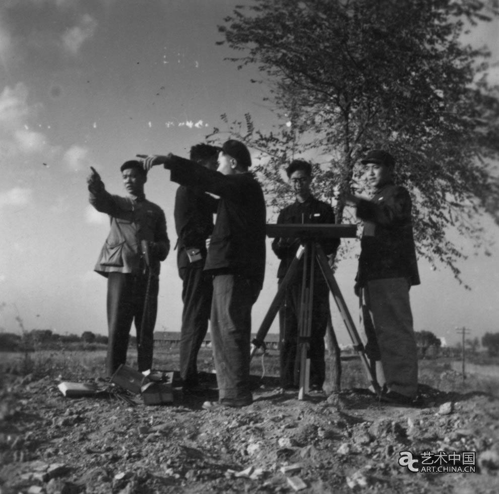 53级圆明园测量实习 影像记录北大考古90年