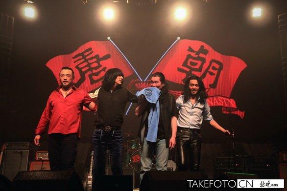 唐朝乐队演唱会_唐朝乐队25年 神话与现实 _艺术中国