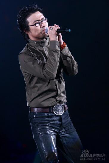 汪峰:成都将唱《春天里》 10月推出新专辑