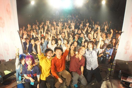 青年乐队代表 此次,坡上村乐队新专辑《夏天动物园