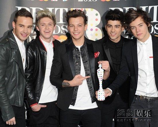 音乐 one/当红男团One Direction(资料图)。