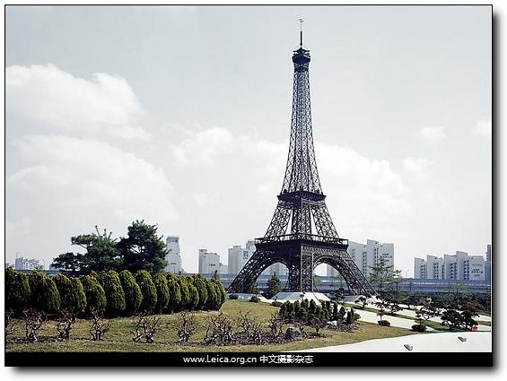 埃菲尔铁塔封面图片