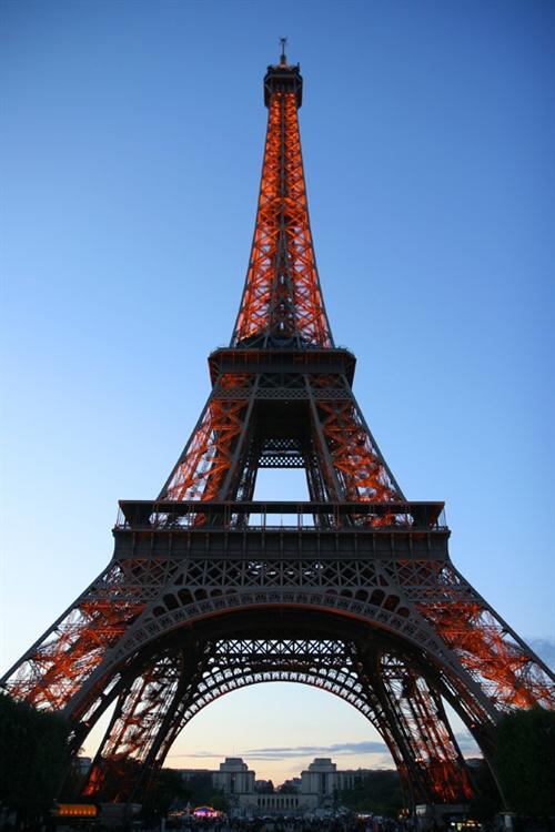 镜头下的世界——埃菲尔铁塔