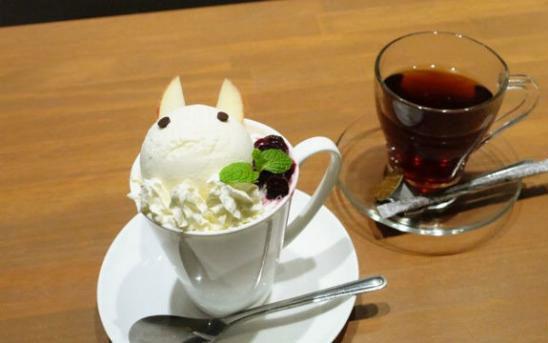 日本餐厅奇遇:超萌动物陪吃饭