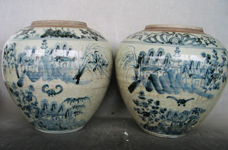 明代四川小窑口绘有佛塔纹饰的青花罐