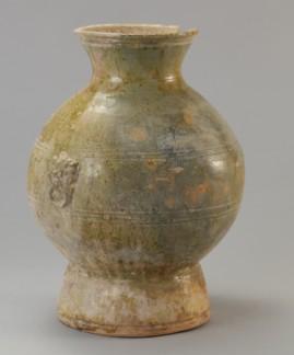 海湖路新出土的东汉早期釉陶器