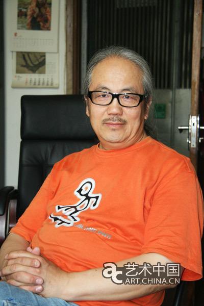 高润喜,别署半觉,1957年生于内蒙古包头市.