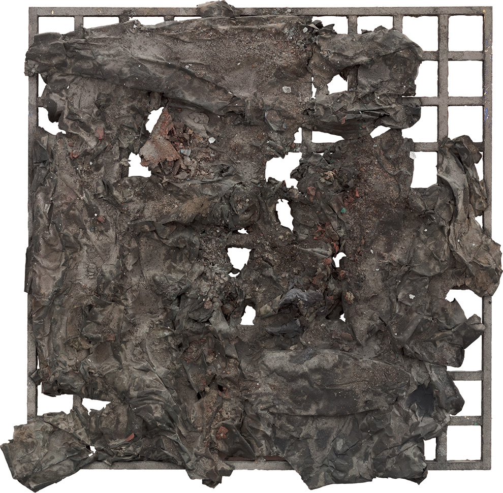 《屏障》二--100x100cm--木质构造、宣纸、矿物·植物·土质颜料-、金银粉、金属渣--2012年.jpg