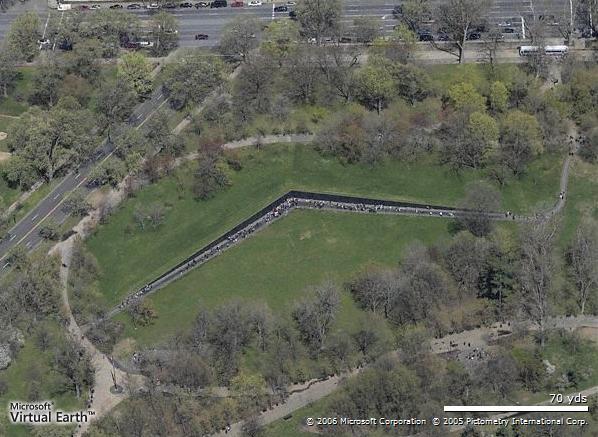 越战纪念碑俯视图