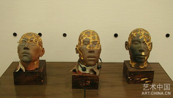 采访景德镇市陶瓷学院设计艺术学院院长何炳钦教授