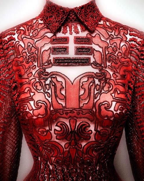 """Valentino SpA (意大利, 1959年创办) 晚礼服,""""上海""""系列,2013年 (图片来源:Valentino SpA)"""