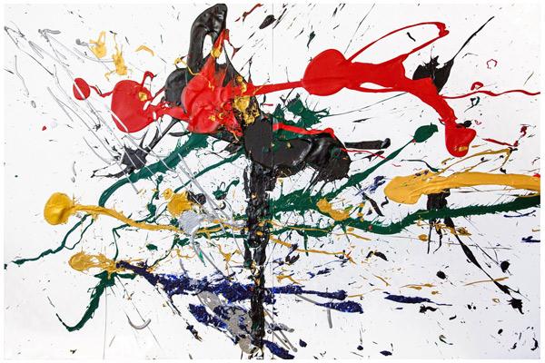 《凤凰》(Phenix) 《凤凰》反映了Christina身处纽约并对此凤凰城的反思瞬间。她结合了波洛克行动画派的滴画技法将颜料直接甩至画布。不同程度的轻重缓急线条似乎编织出一张巨大彩色之巢乘载着来自世界各追梦人的彩色梦境;整幅画面纷飞绚烂的颜料放置与运用又仿佛是上演一场纵然易逝的烟花。然而这就是Christina笔下纽约,一场梦与转瞬即逝的瞬间。 40360810