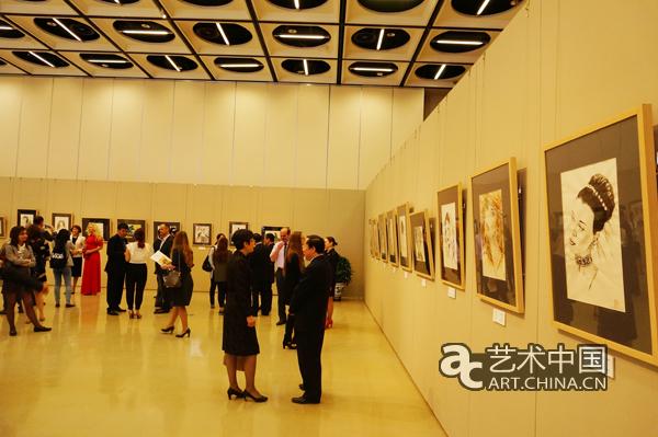 《白俄罗斯艺术展》中国妇女儿童博物馆开幕