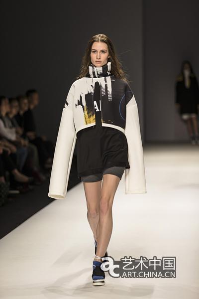 清華美院&米蘭新美術學院2015服裝設計畢業生作品在京